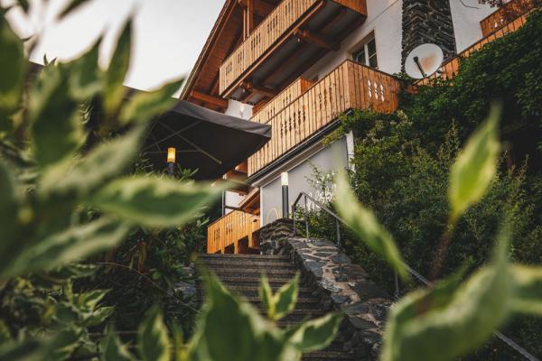 hotel-freiluftlounge-03560A307D-34A8-454D-843A-9944C1E453B8.jpg