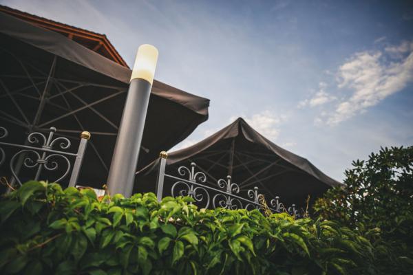 hotel-freiluftlounge-062E79DF63-7E61-A056-7915-E5D8CD0C3A52.jpg